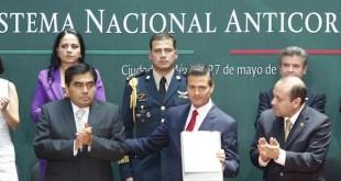 Peña Nieto en un acto propagandístico anticorrupción en México