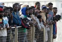 Migrantes africanos retenidos en Libia