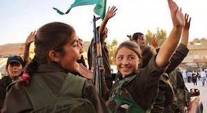 Milicianas kurdas en Kobané