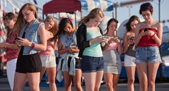 Aumenta la nomofobia en chicas adolescentes