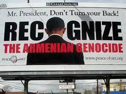 Cartel con petición a Obama para que no de la espalda al genocidio armenio