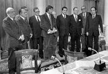 Dirigentes políticos en la presentación pública del Pacto de la Moncloa