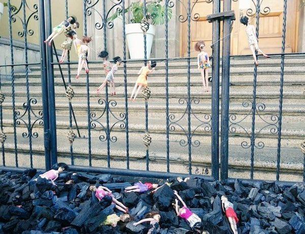 Protestas frente a Casa Presidencial de Guatemala por la muerte de las niñas en Hogar Seguro Virgen de la Asunción