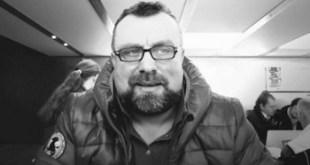 """Periodismo en Serbia: Stefan Cvetkovic condenado por """"difamación"""""""