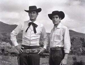 Tiempo de morir: los hermanos Trueba: Los actores mexicanos Alfredo Leal, y Enrique Rocha