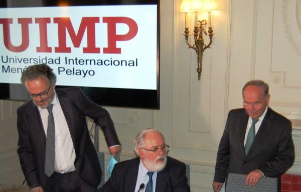 Uno de los directores del curso, Miguel Ángel Noceda, Arias Cañete, y el rector de la UIMP, César Nombela