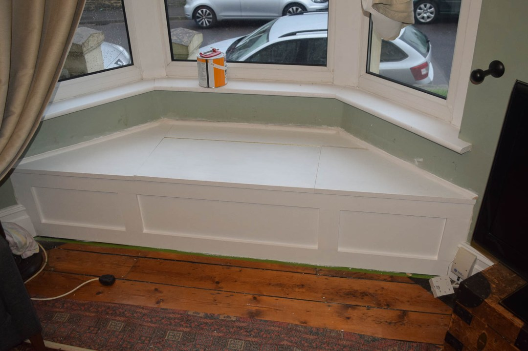 Window Seat Fully Primed
