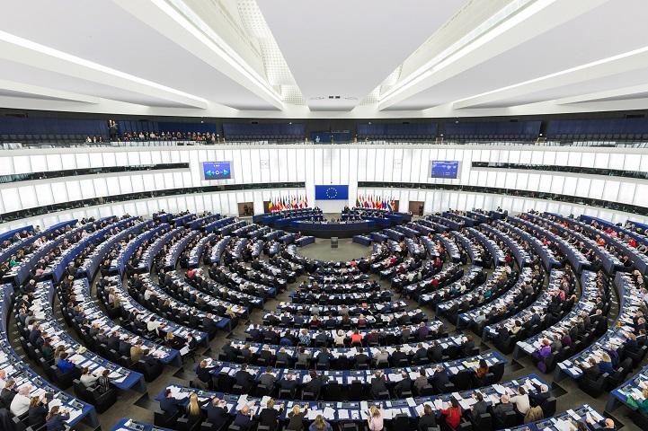 https://periscopiofiscalylegal.pwc.es/la-comision-europea-propone-una-directiva-europea-para-el-reporting-pais-por-pais/