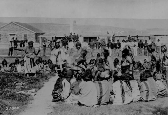 shoshone-indians-on-reservation