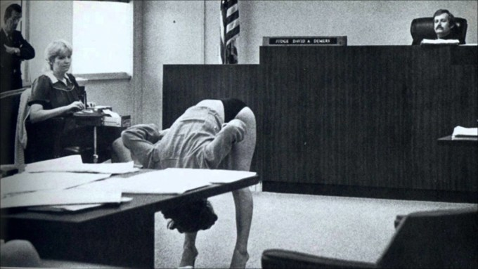a-1983-pinellas-county-courtroom-photo.jpg