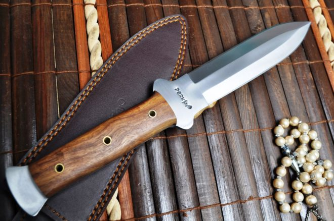 Handcrafted Double Edge Hunting Knife with 01 Carbon Steel