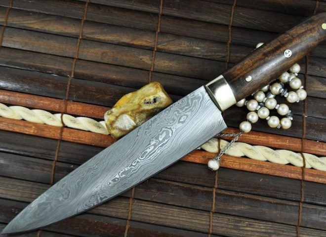 CUSTOM MADE CHEF'S KNIFE DAMASCUS STEEL - IDEAL FOR BUSHCRAFT & CAMPING
