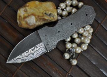 CUSTOM MADE HANDFORGED DAMASCUS BLANK BLADE-AR13B