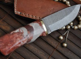 HANDCRAFTED HUNTING KNIFE - DAMASCUS STEEL & GRANITE HANDLE