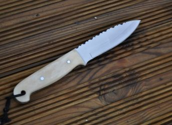 HANDMADE BUSHCRAFT KNIFE - BONE HANDLE - OUTSTANDING VALUE