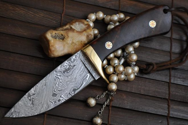 Beautiful Full Tang Handmade Damascus Camping Knife