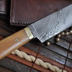 Damascus Steel Kitchen Knife Geeky Gadgets Chef With Pear Wood & Mosaic Pin Handle ...