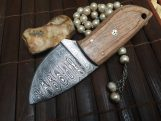 Handcrafted Small Hunting Knife - Damascus Steel - Neck Knife