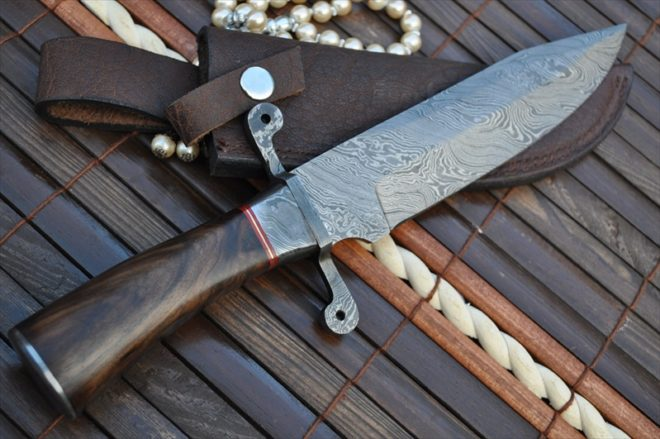 Beautiful Damascus Hunting/Bowie with Burl Wood Handle