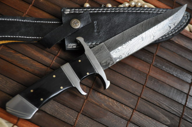 Fixed Blade Damascus Steel Bowie Knife With Sheath