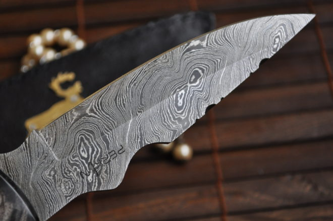 Handmade Damascus steel hunting knife bushcraft knife with sheath