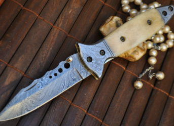 Hunting knife folding damascus steel folding knife with lock