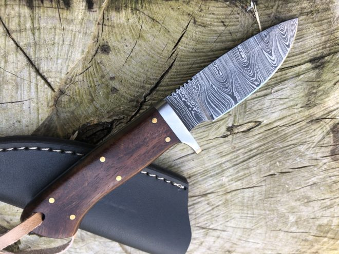 Perkin 6.5 Inches Damascus Steel Hunting Knife with Sheath SK300