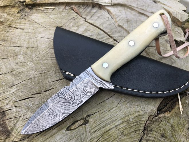 Perkin Damascus Steel Hunting Knife with Sheath Skinner Knife - SK700