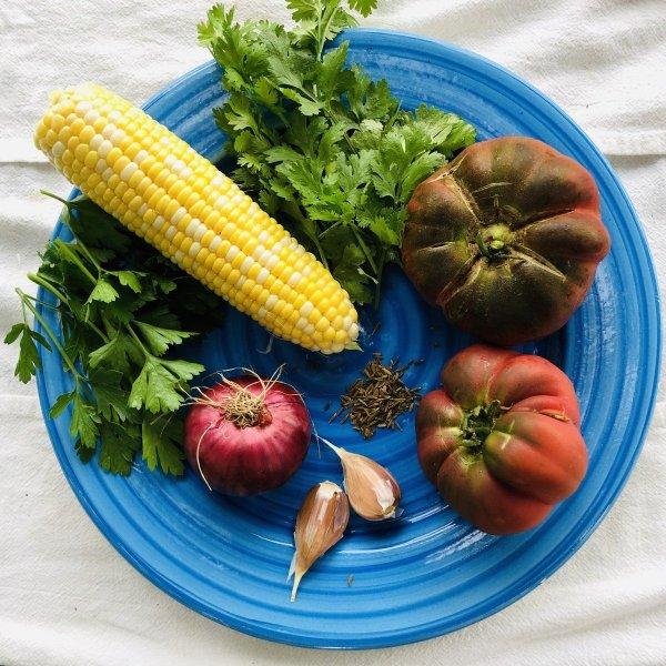 fresh summer salsa ingredients