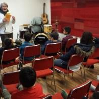 Buchvorlesung in der Jugendgruppe