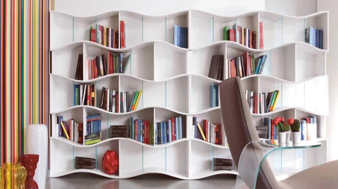 Desain Rak Buku Dari Bambu