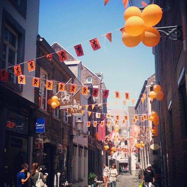 Geschmückte Maastrichter Strassen