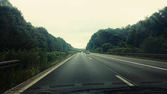 Um 10:00 machte ich mich auf den Weg nach Köln, da ich um 11 Uhr dort für ein Date verabredet war.