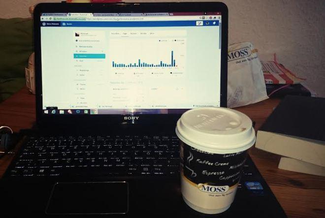Nachdem ich die Perle in die Kita gebracht habe wurde bei Kaffee ein wenig am Blog gewerkelt.