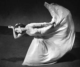 Martha Graham (1894-1991) Danseuse et chorégraphe américaine, elle a ouvert définitivement la voie à la danse moderne