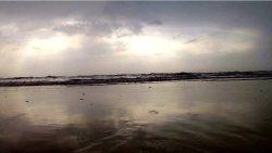 Zachmurzone morze ma swój urok:)