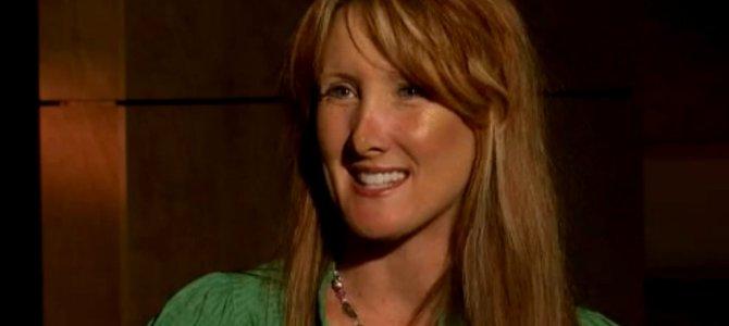 Rebecca Kiessling odnalazła swoją wartość w ofierze Jezusa! Poczęła się poprzez gwałt i tylko zakaz prawny ocalił jej życie