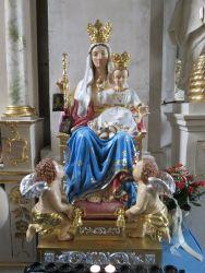 Sanktuarium Matki Bożej Szkaplerznej w Zamartem