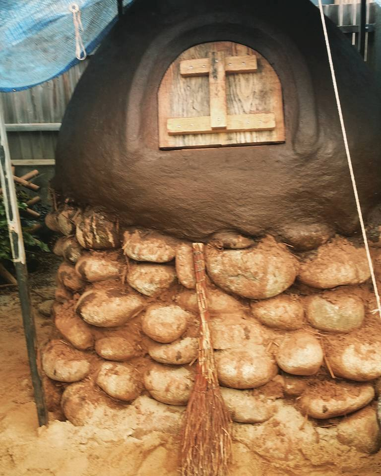 piec chlebowy Wspólny Ogród SDK Instytut Permakultury
