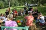 lekcja lepienia kulek nasiennych oraz wykład o nasiennictwie i rozmowa o Suwerenności Żywnościowej