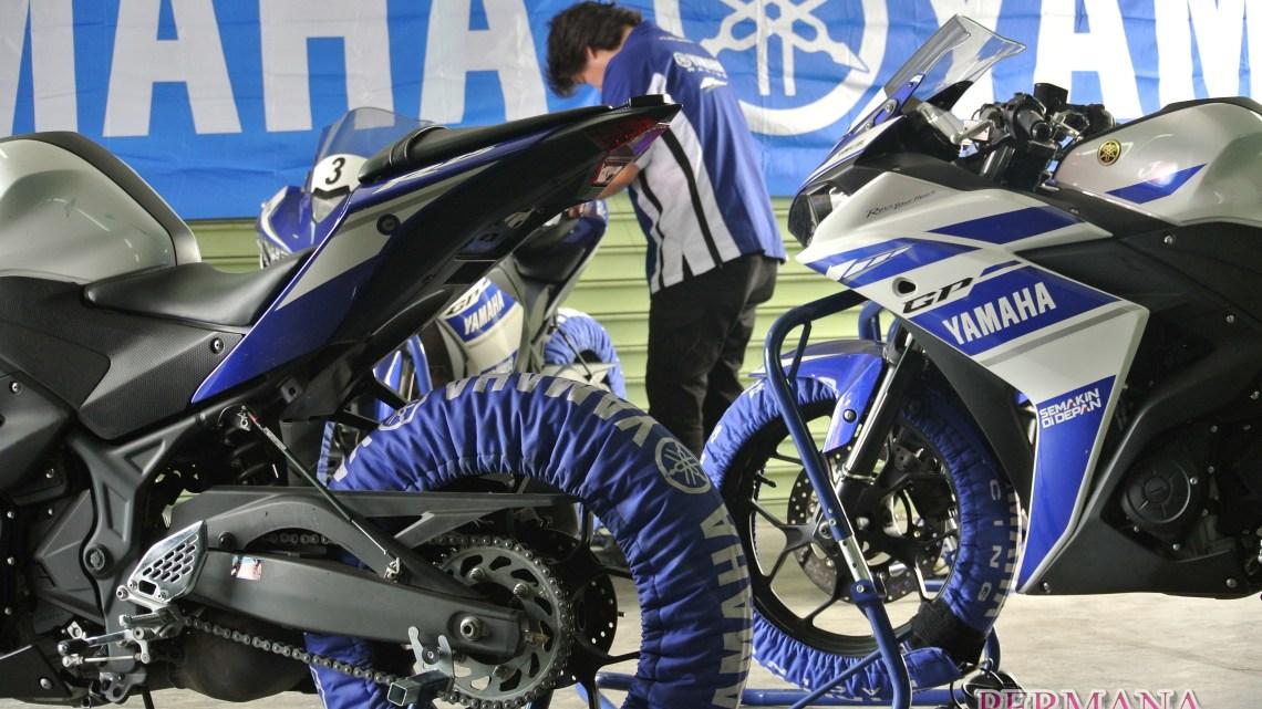 Melihat Langsung R25 Dengan Teknologi Riding Analyzer Di Paddcok Yamaha Factory Racing Indonesia