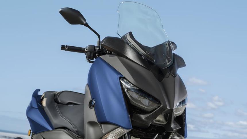 2018-Yamaha-X-MAX-300A-EU-Phantom-Blue-Detail-001