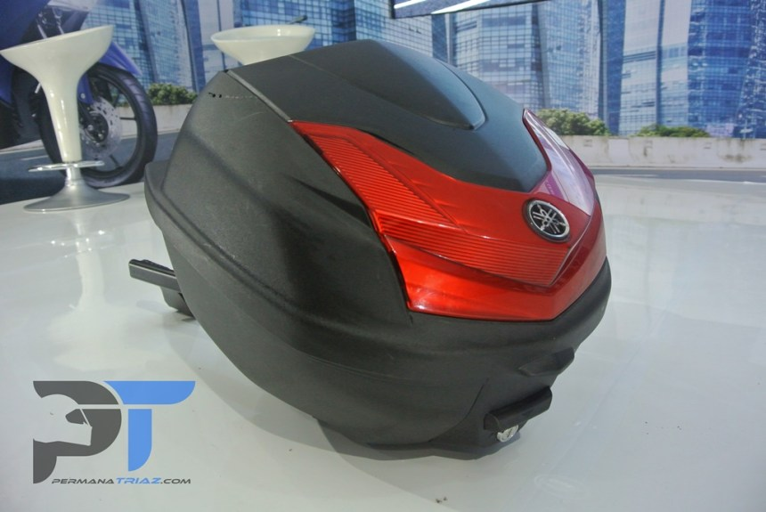 Aksesoris Yamaha Lexi Box
