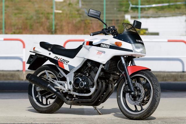 Nyaris Mustahil Yamaha Respon Kawasaki Ninja ZX-25R Dengan Yamaha R25M 4 Silinder!