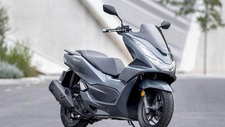 Honda Eropa Resmi Rilis Honda PCX 125 2021, Desain Lebih Fresh & Gendong Mesin Baru 4 Katup!