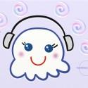 fantasmino che ascolta musica