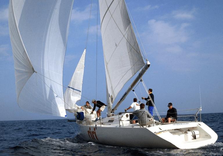 Peut-on conduire  un voilier sans permis ?