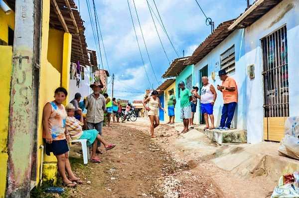 Moradores denunciam idosa em condições de maus-tratos no bairro do CAIC em Gravatá Pernambuco Notícias