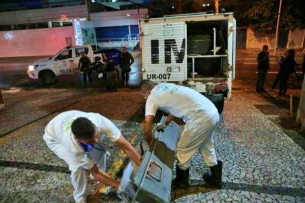 Homem assassinado a tiros no bairro do Pina, zona sul do RECIFE Pernambuco Notícias