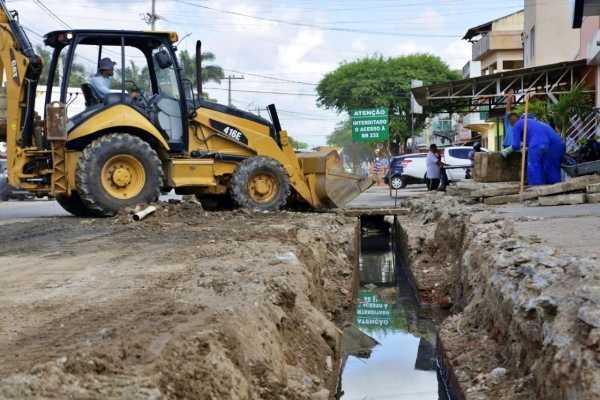 Após denúncia no Primeira Página, prefeitura realiza serviço no saneamento no bairro das Graças